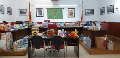 Creixell recull una vuitantena de joguines solidàries
