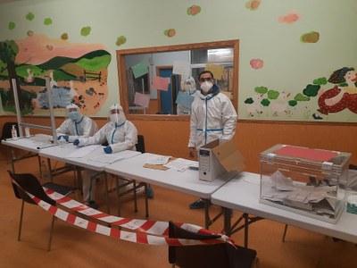 L'AJUNTAMENT HA OFERT ALS MEMBRES DE LES MESES ELECTORALS DEL 14F LA POSSIBILITAT DE FER-SE UN TEST PCR GRATUÏT UN COP PASSADA LA JORNADA ELECTORAL