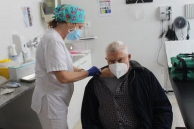 Vacunacions contra la Covid-19 al Consultori Médic Municipal de Creixell